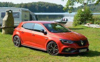 Renault Megane RS Trophy test — горячий хэтчбек для семьи?