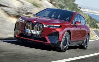 Новый электрический BMW iX: первое в мире шестиугольное рулевое колесо
