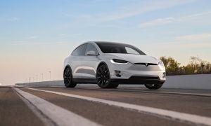 Tesla Model X – большой тест драйв