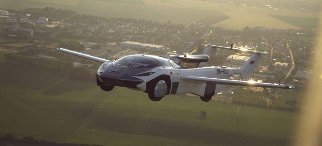 Словацкий AirCar поднялся в небо. Летает на обычном топливе!