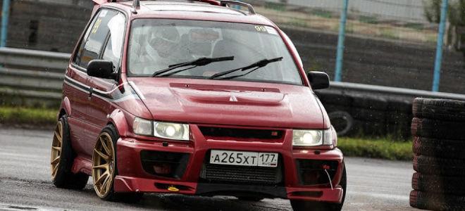 Редкие автомобили — Mitsubishi RVR