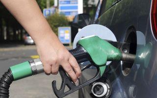 Залили дизель вместо бензина или плеснули бензин в солярку?