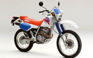Современный мотоцикл Honda xlr 250