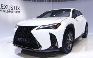 Lexus UX – новинка от японского производителя