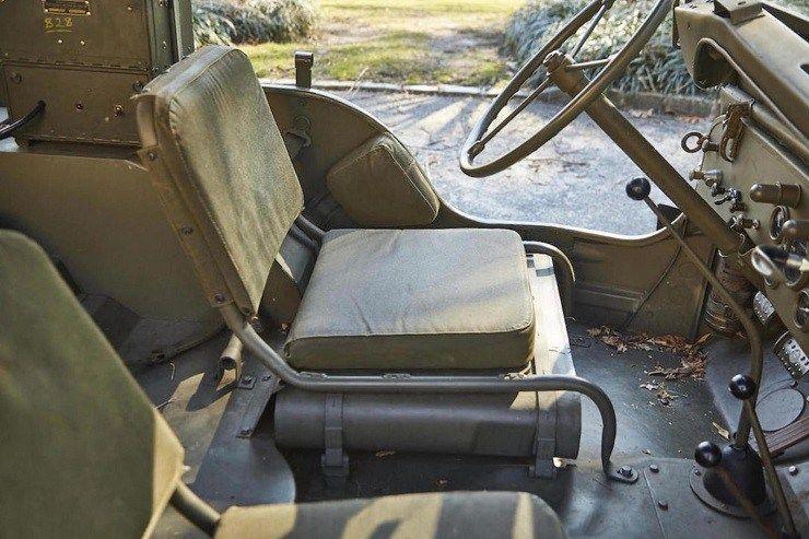 Джип Виллис передние сидения