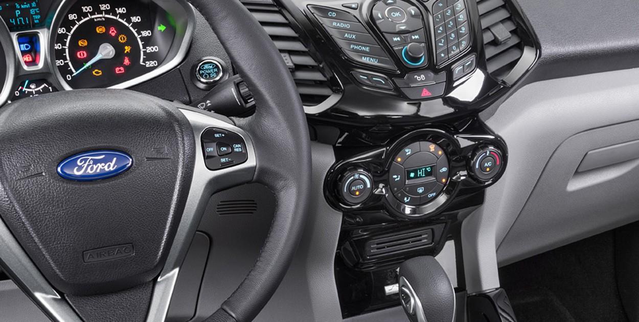Ford EcoSport детали салона