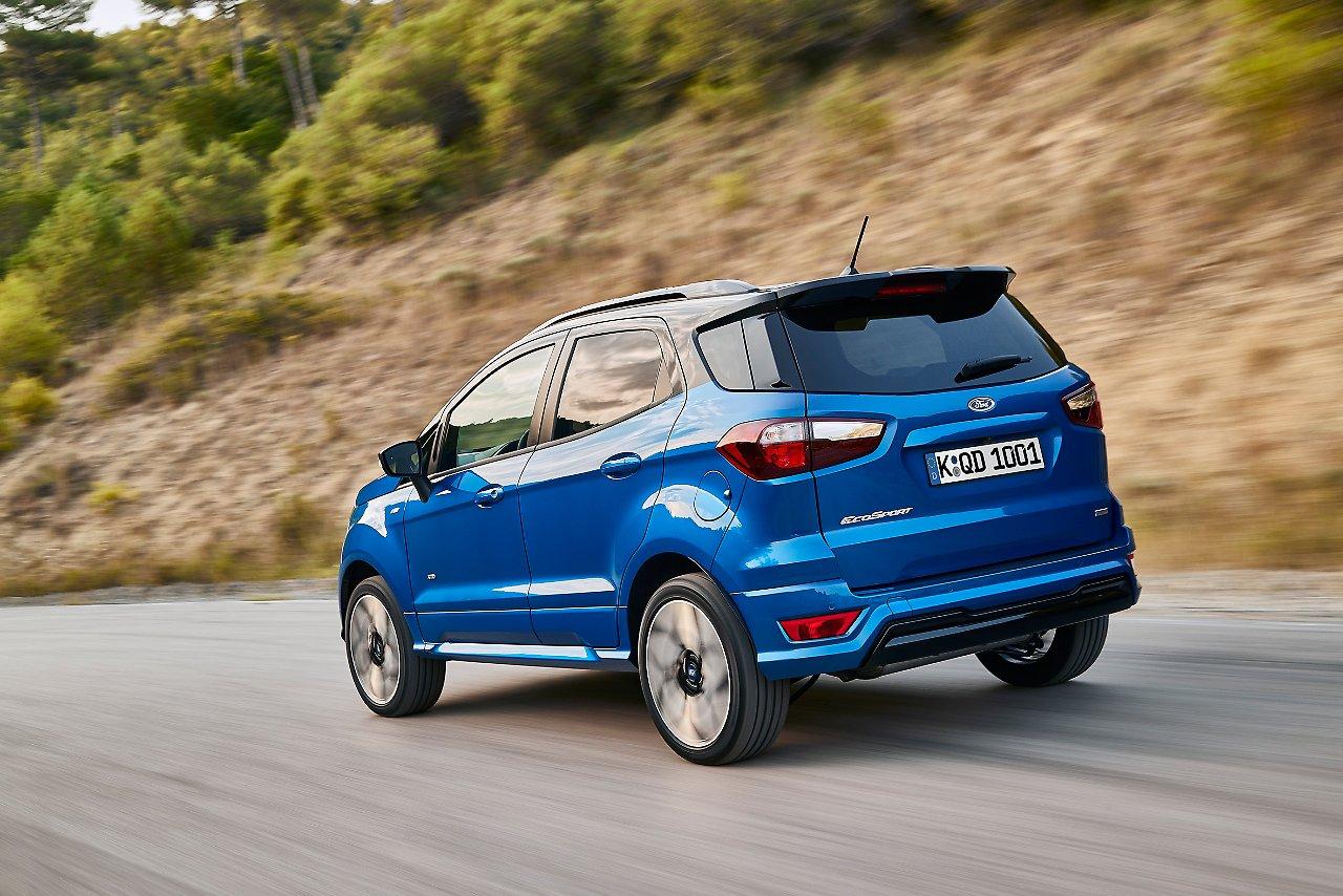 Ford EcoSport вид сзади