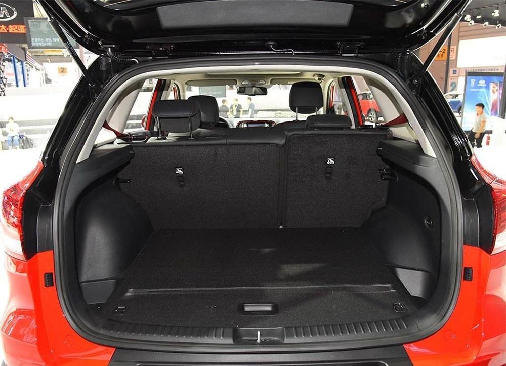 Kia KX3 багажник