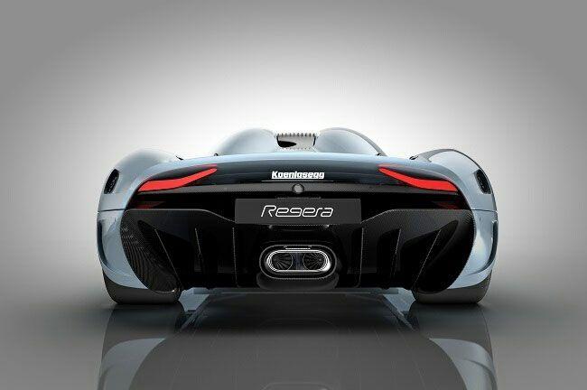 Koenigsegg Regera вид сзади