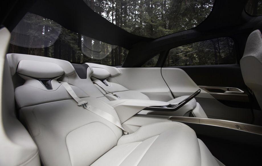 Lucid Air задние сидения