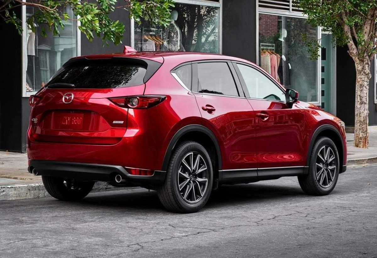 Mazda Cx 5 вид сзади