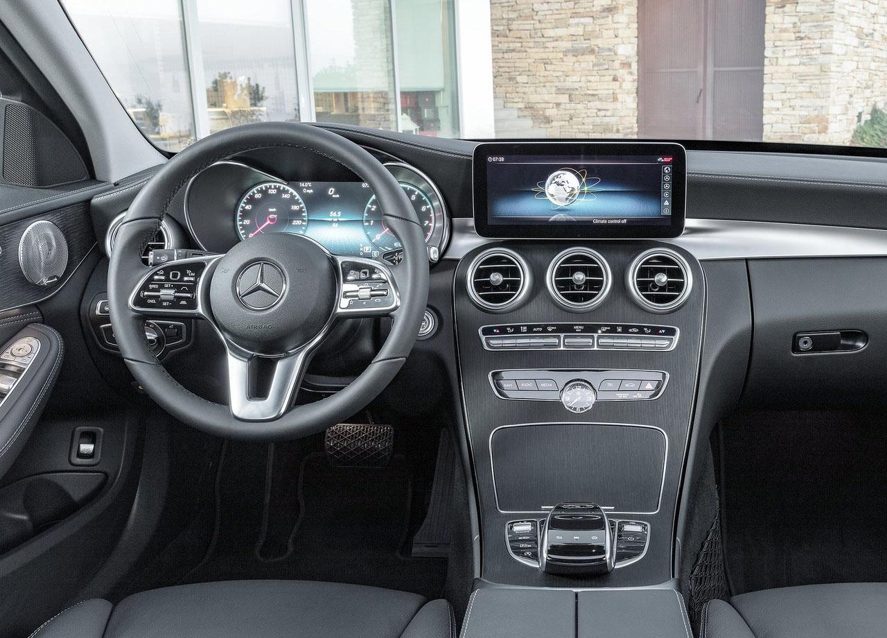 Mercedes C салон