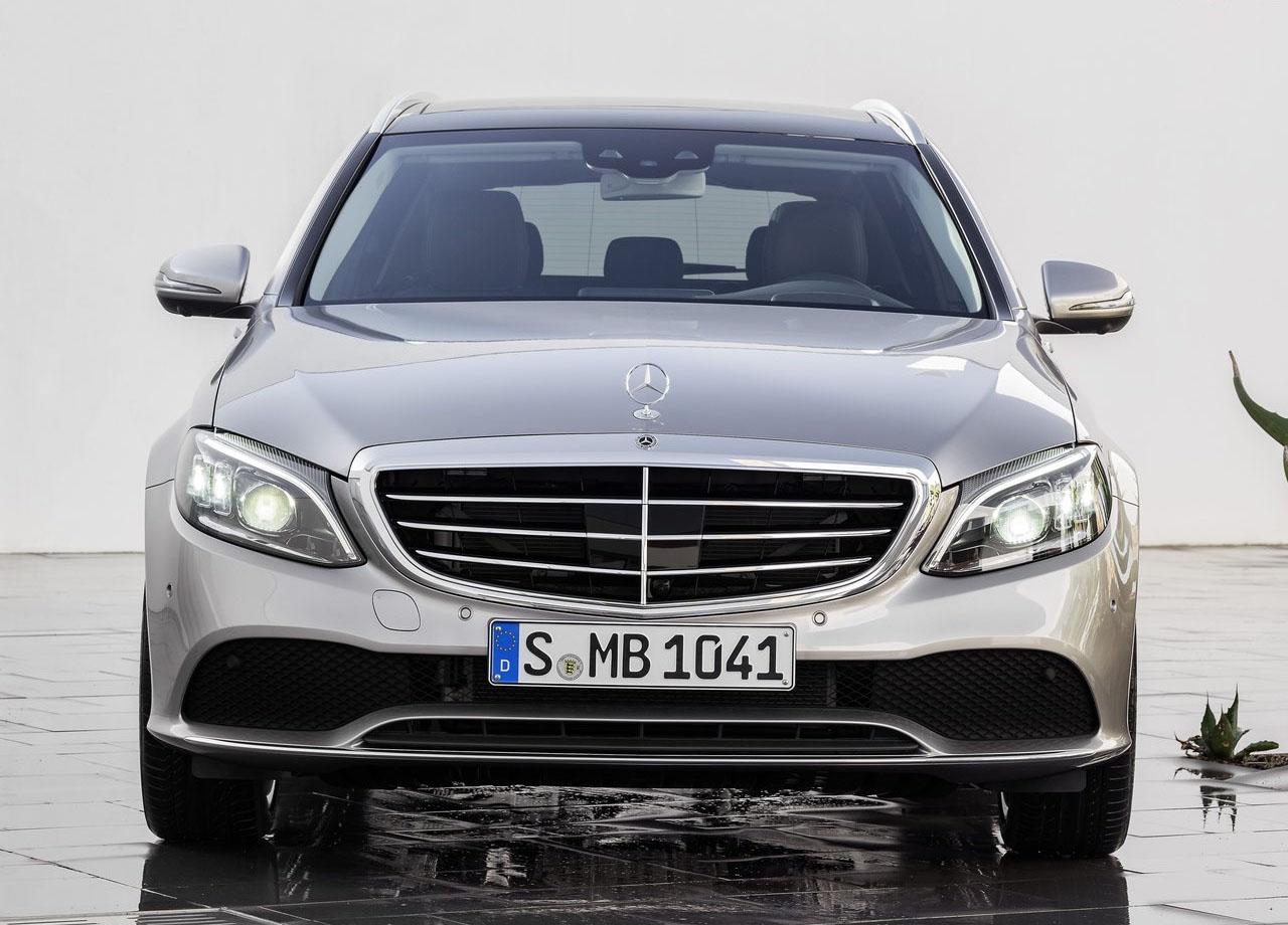 Mercedes C вид спереди