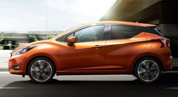 Nissan Micra 2017 вид сбоку