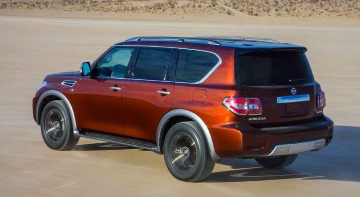 Nissan Patrol фото сбоку