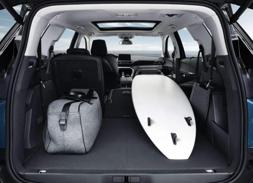 Peugeot 5008 багажник