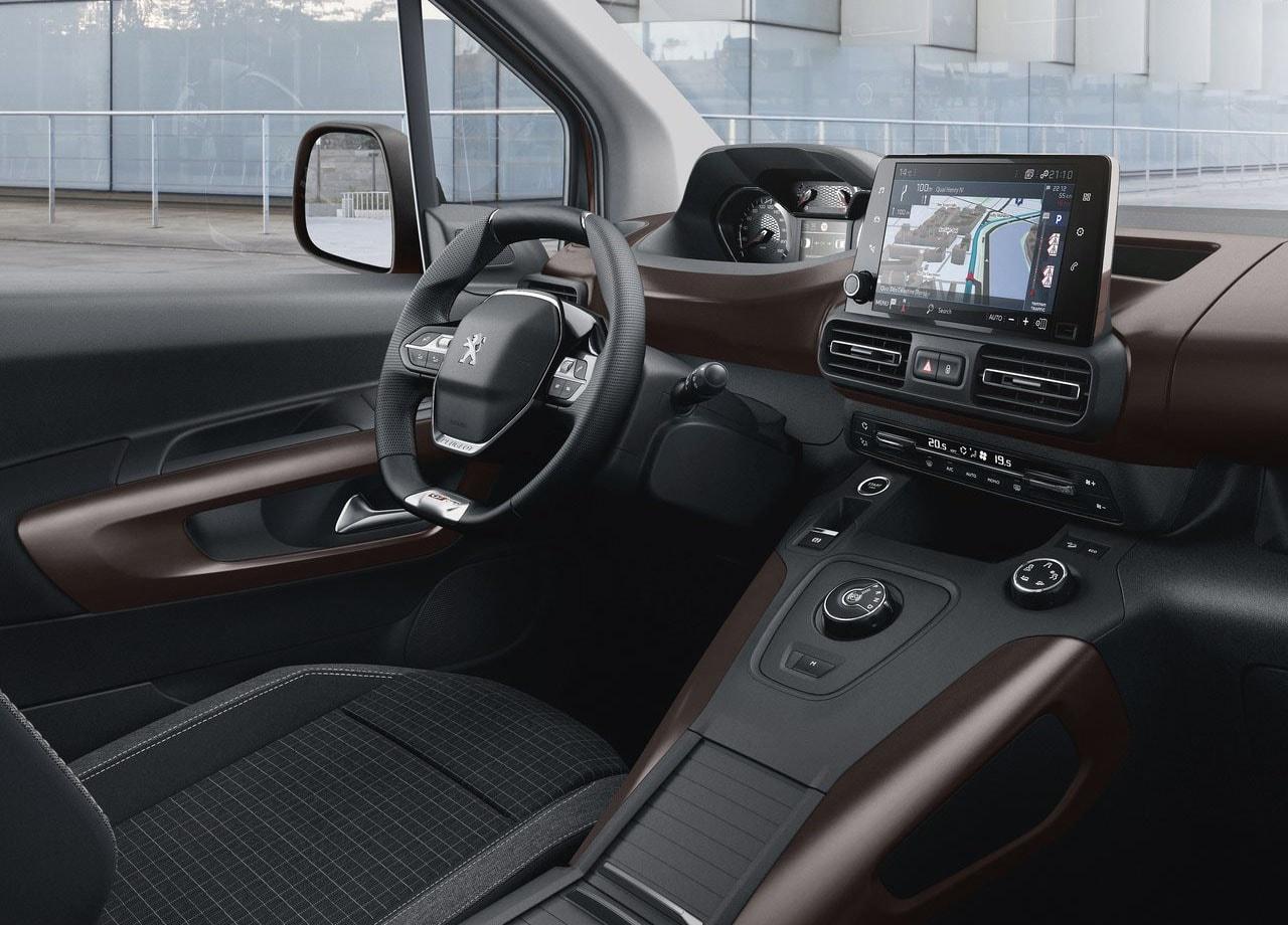 Peugeot Rifter салон фото