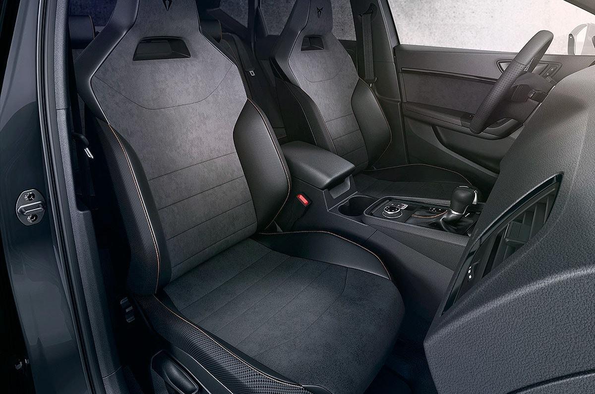 Seat Cupra Ateca салон передние сидения