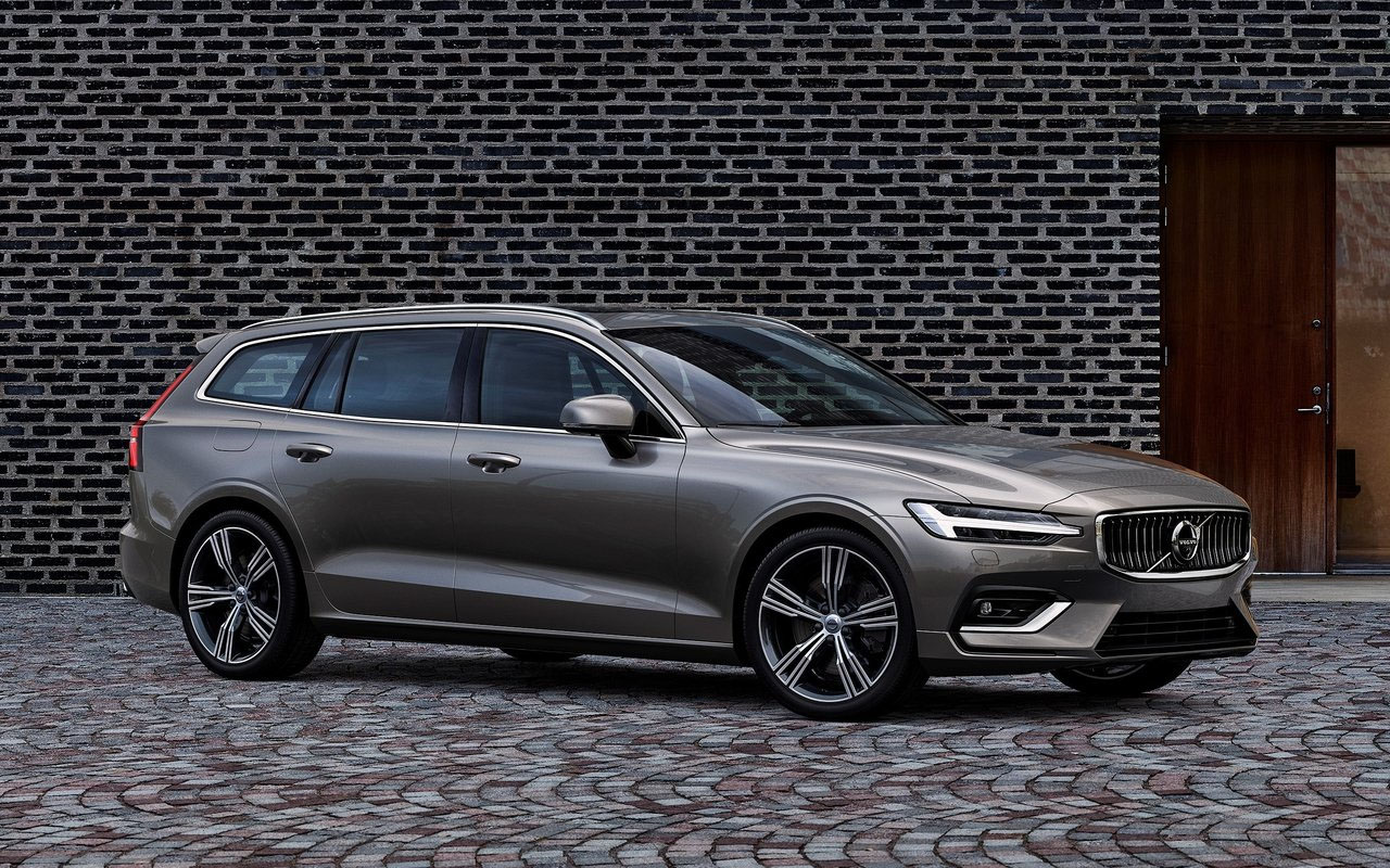 Volvo V60 фото вид сбоку