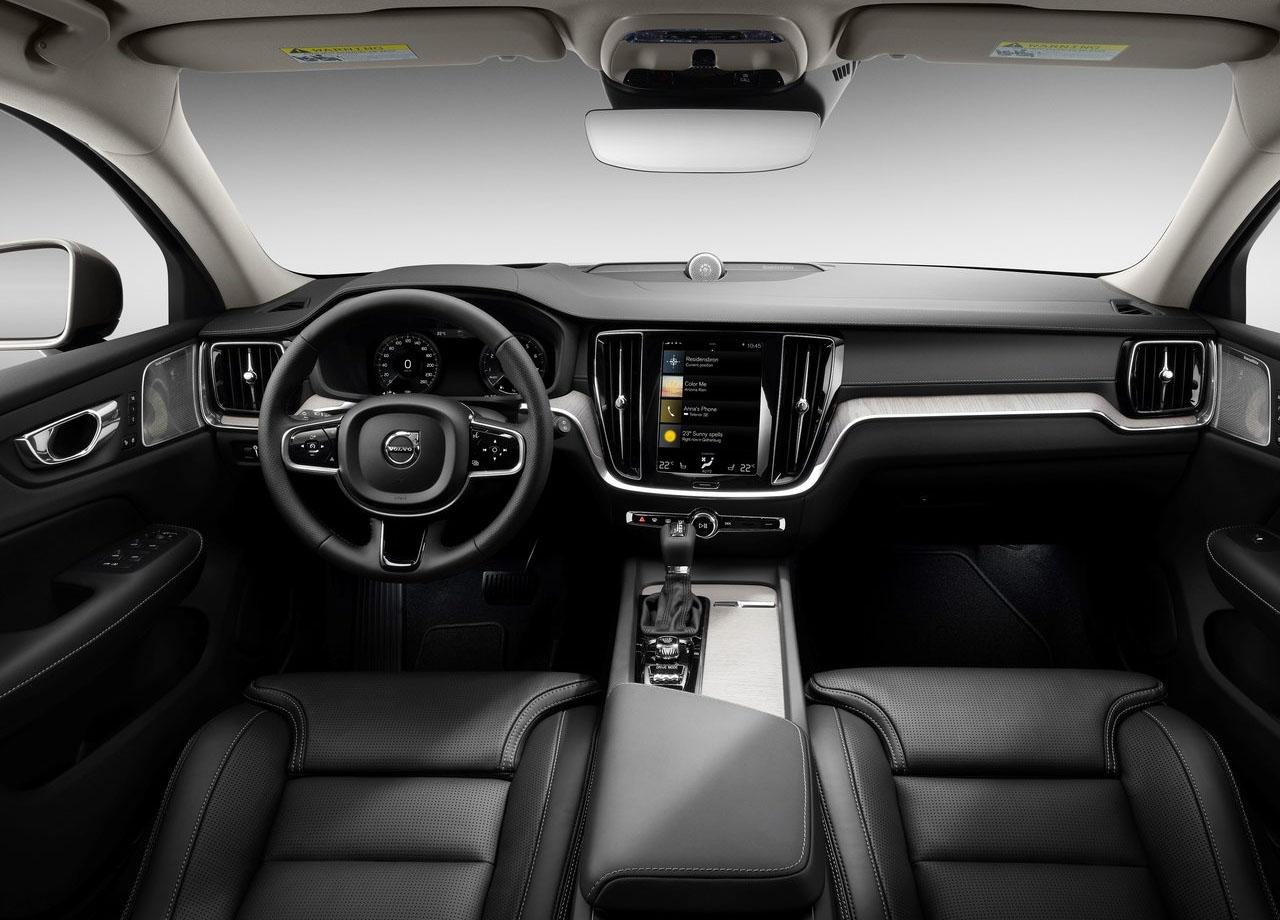 Volvo V60 интерьер
