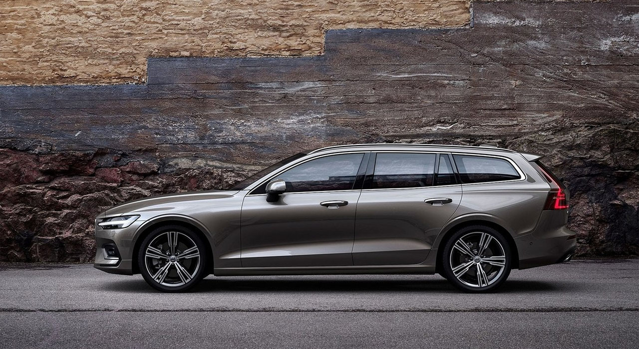 Volvo V60 вид сбоку