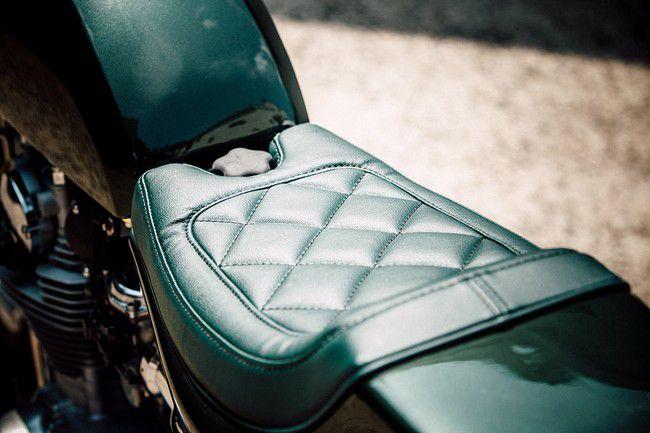 Yamaha XS 650 сидение
