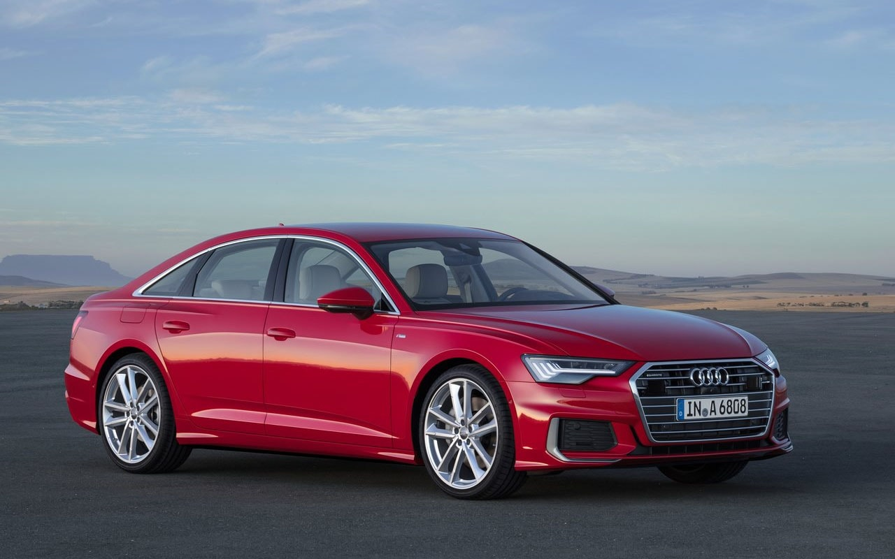 Audi A6 сбоку