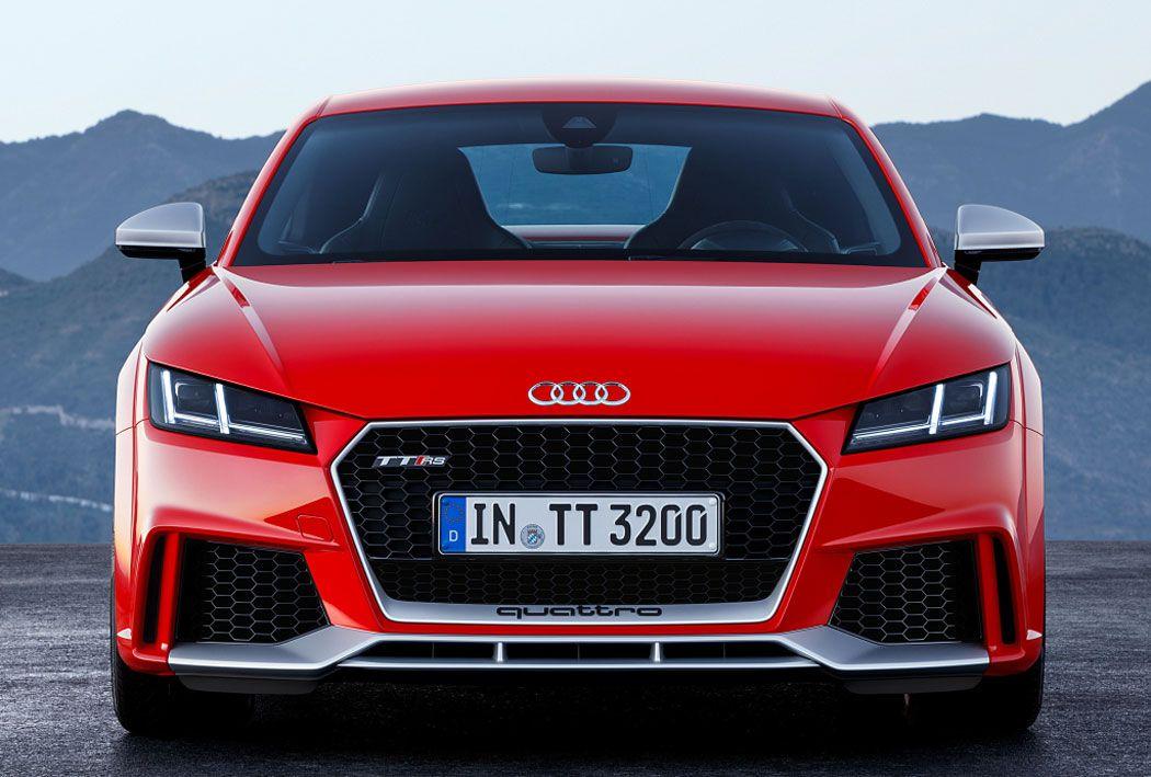 Audi TT RS 2017 вид спереди