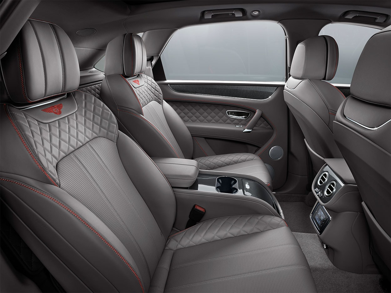Bentley Bentyago V8 задние сидения
