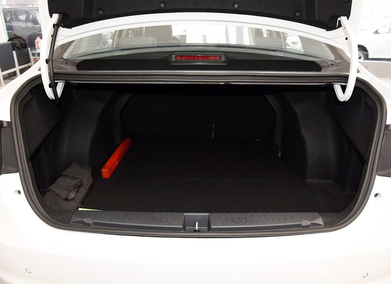 FAW Junpai A50 багажник