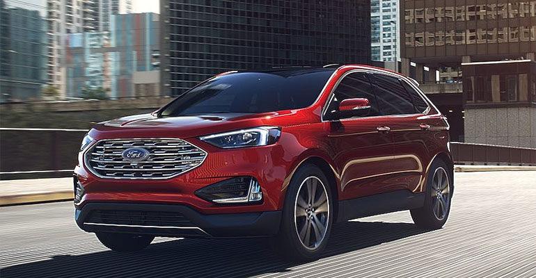 Ford Edge фото спереди