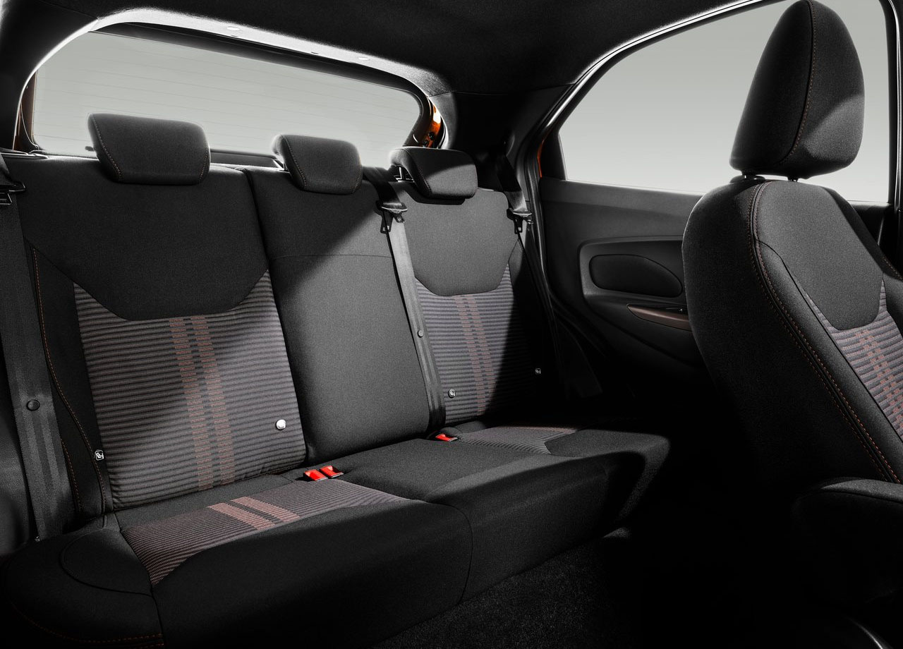 Форд Ка фото задние сидения