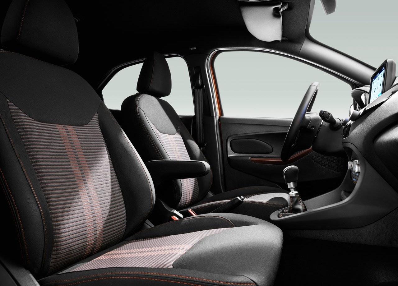 Форд Ка передние сидения