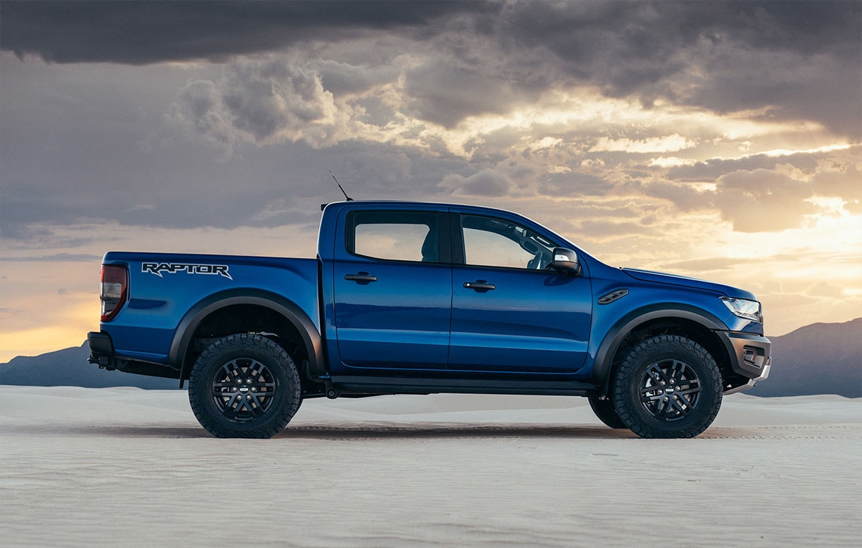 Ford Ranger Raptor вид сбоку