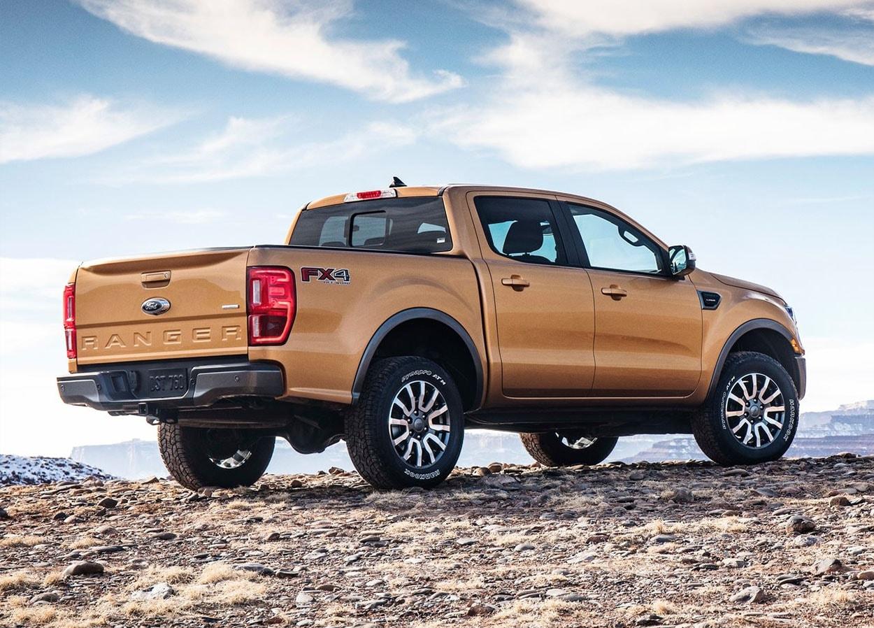 Ford Ranger вид сзади
