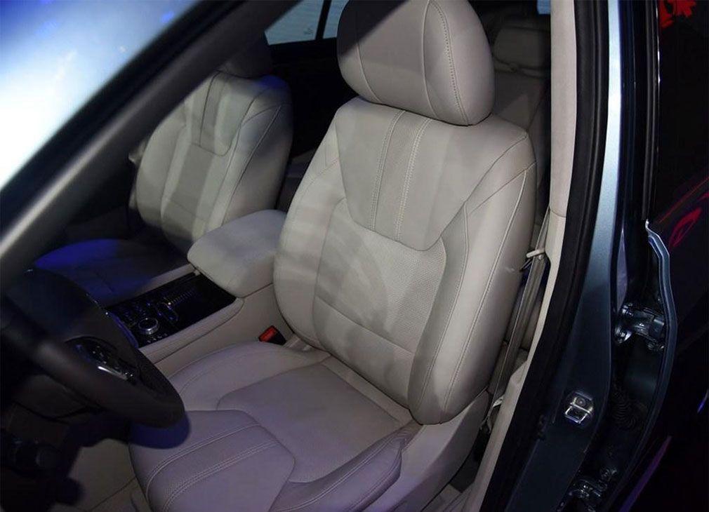 GAC Trumpchi GS8 2018 передние сидения