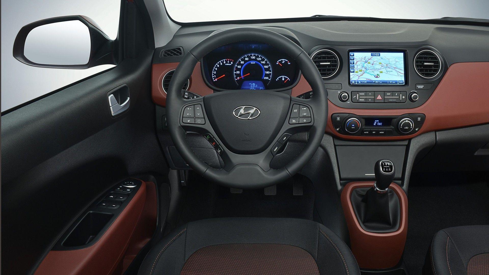 Hyundai i10 фото салон
