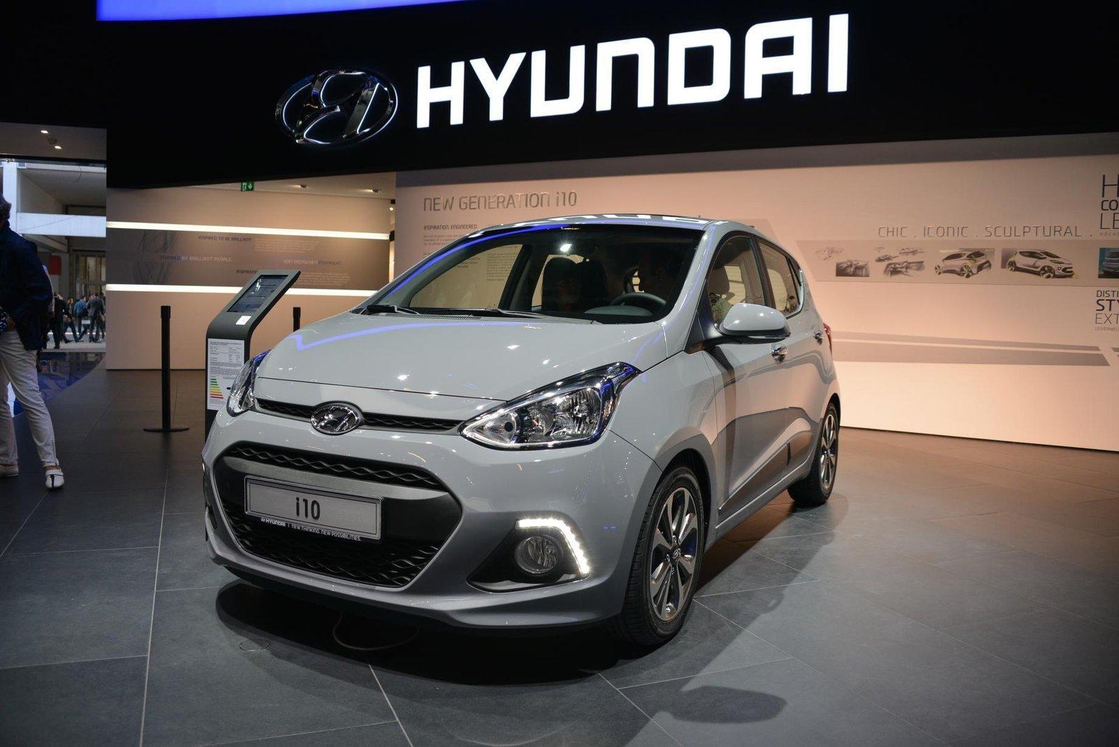 Hyundai i10 фото спереди