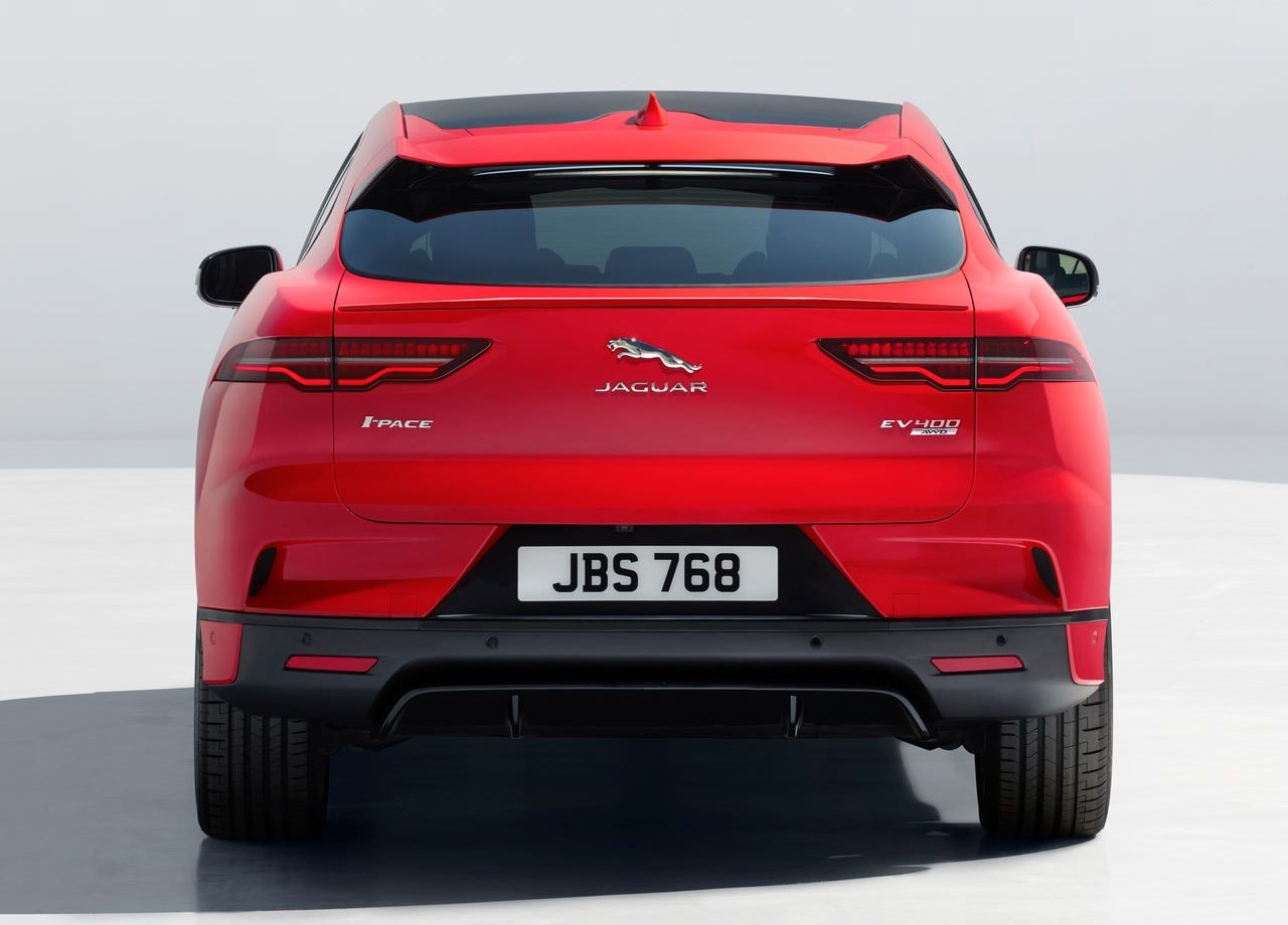 Jaguar I-Pace сзади