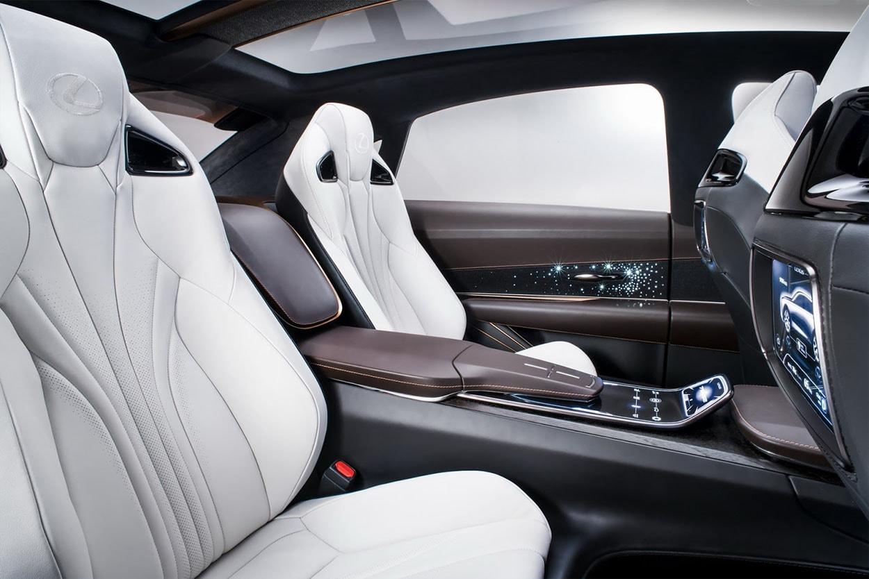 Lexus LF-1 Limitless Concept фото задние сидения