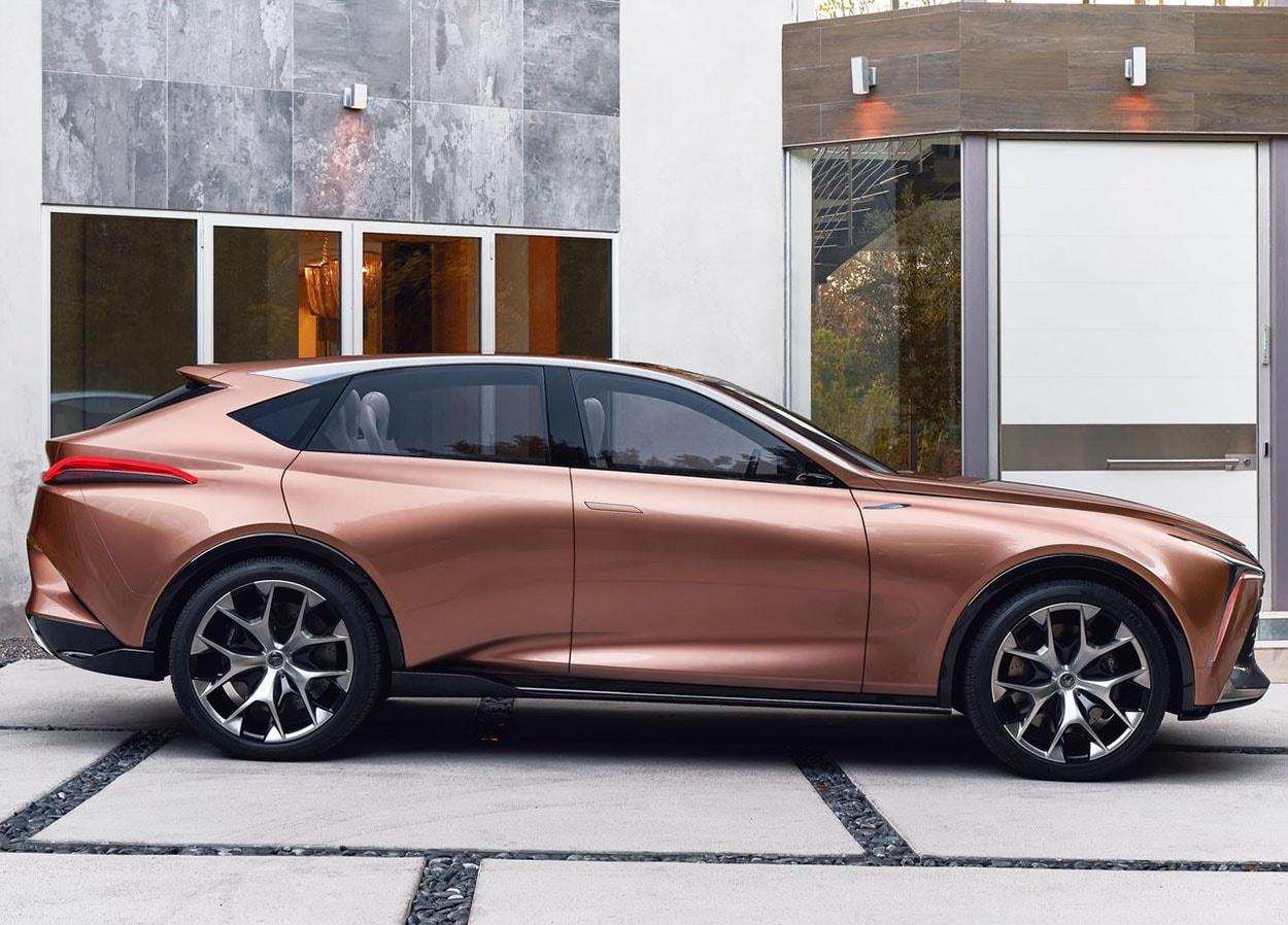 Lexus LF-1 Limitless Concept сбоку