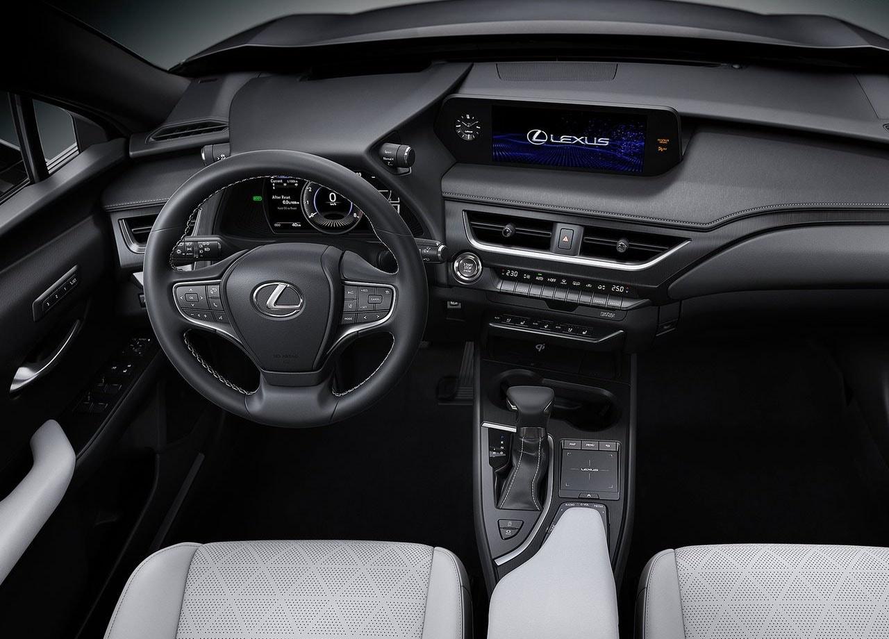 Lexus UX фото салон