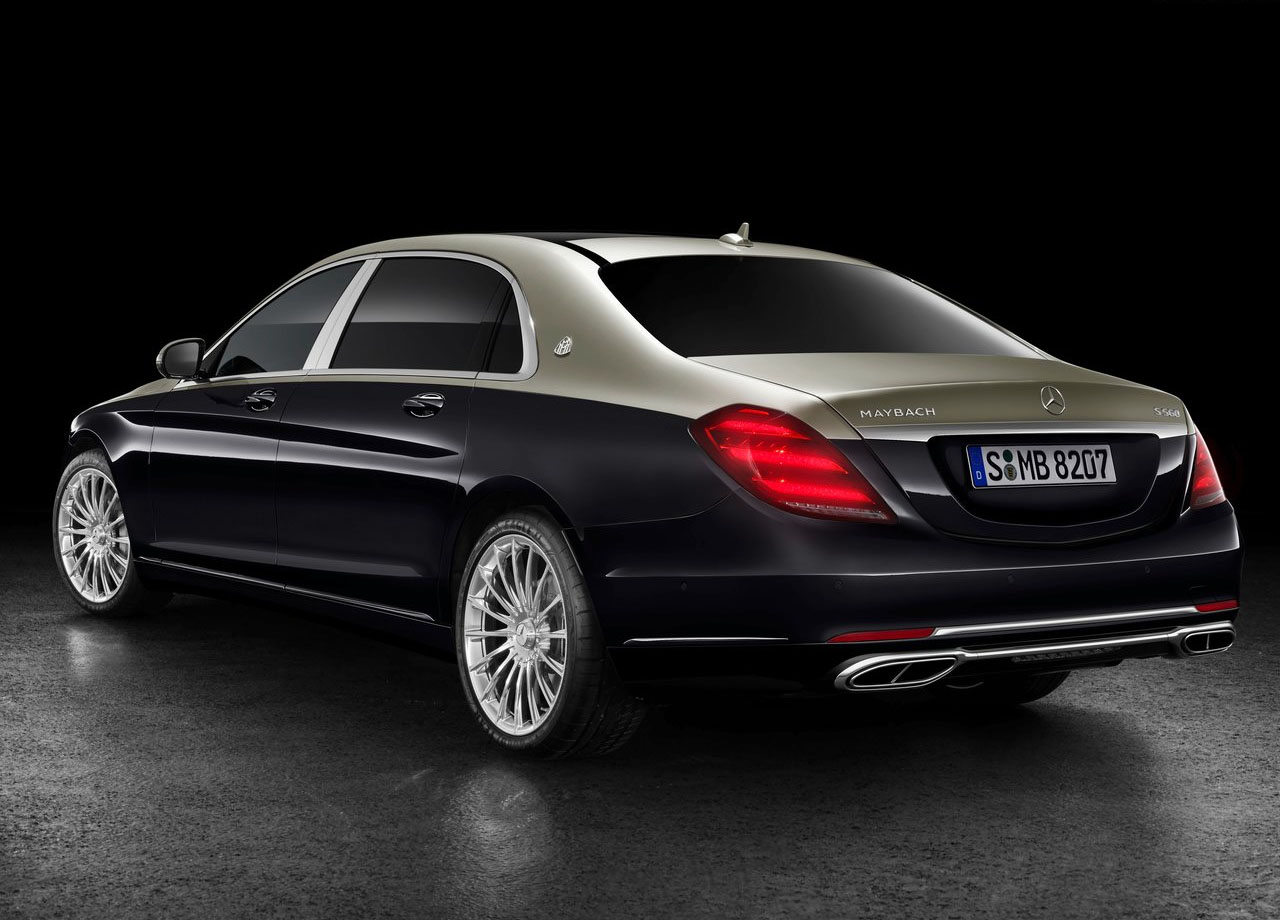 Mercedes Maybach S сзади