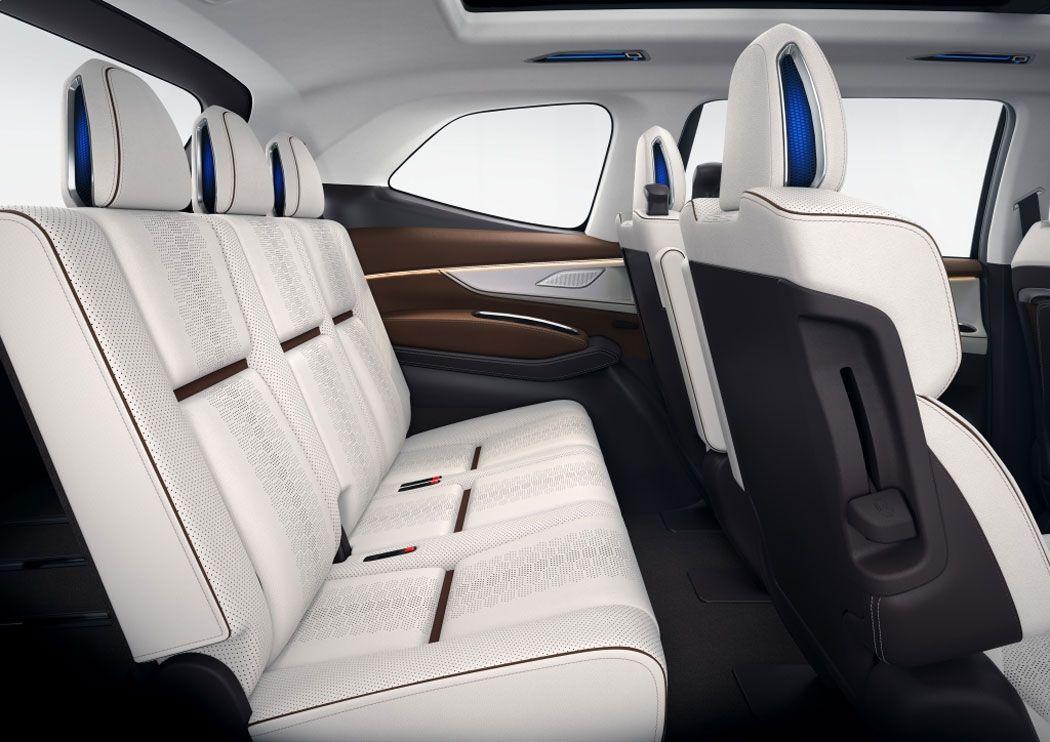 Новый Subaru Ascent задние сидения