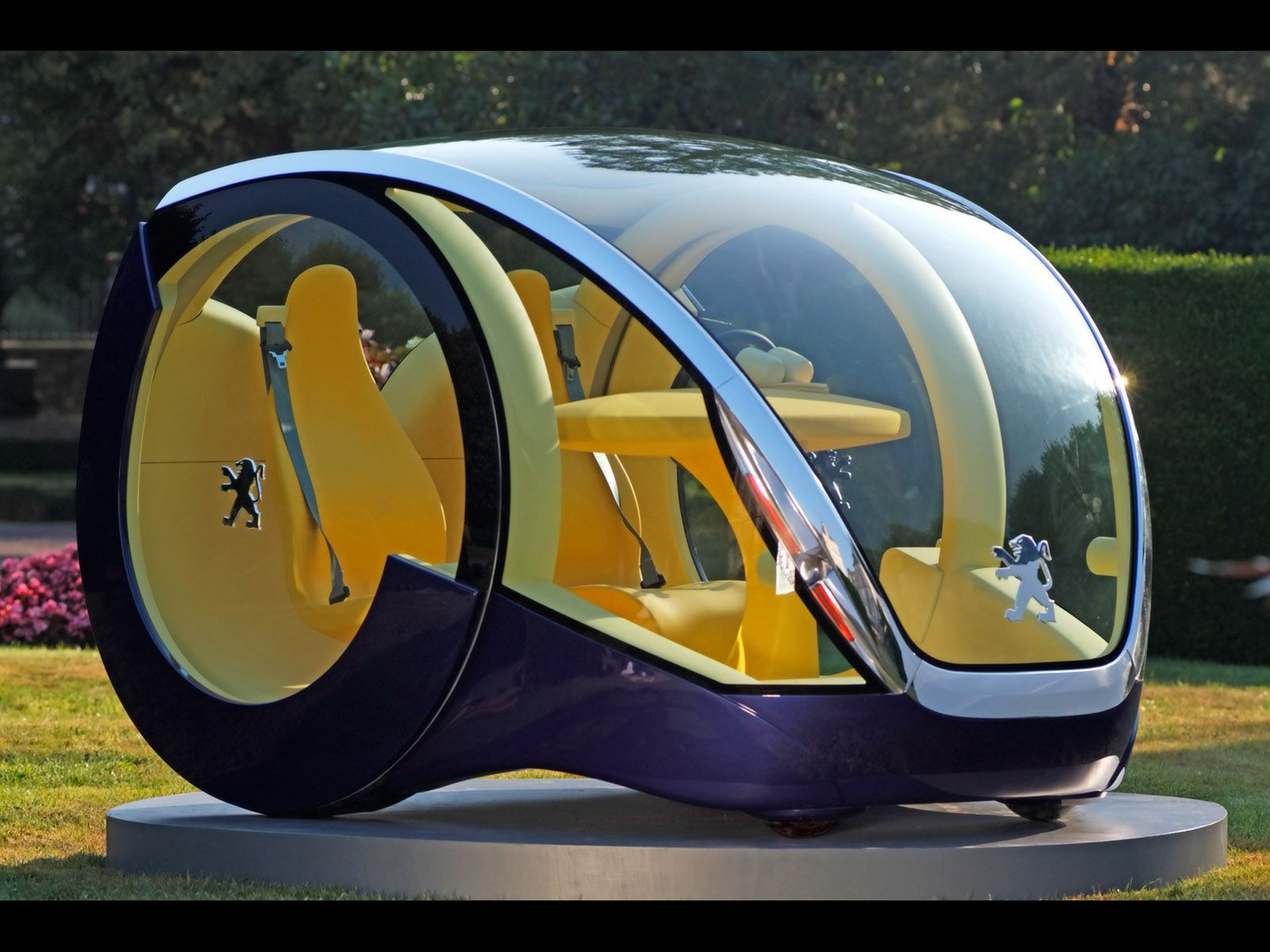 концепткар Peugeot Moovie