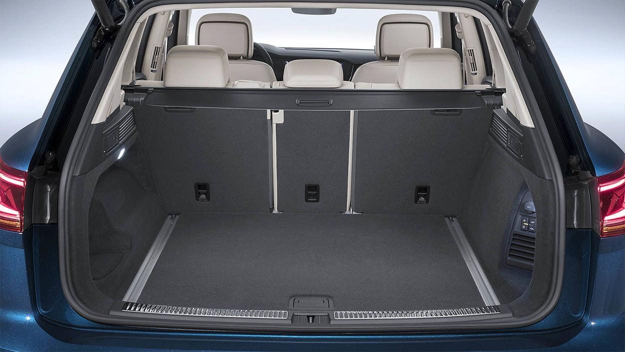 VolkswagenTouareg 3 багажник