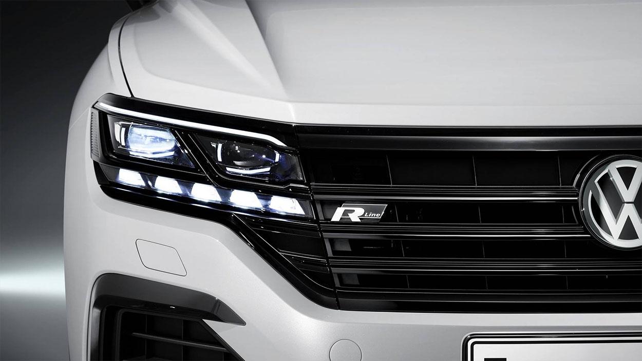 VolkswagenTouareg 3 фары