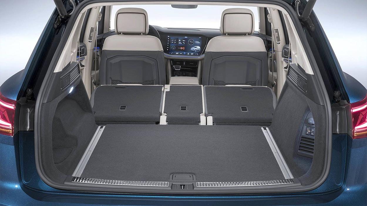 VolkswagenTouareg 3 фото багажник