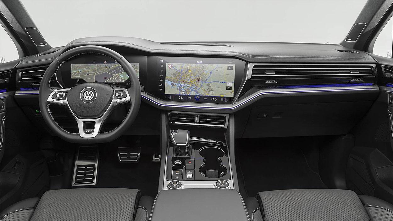 VolkswagenTouareg 3 салон