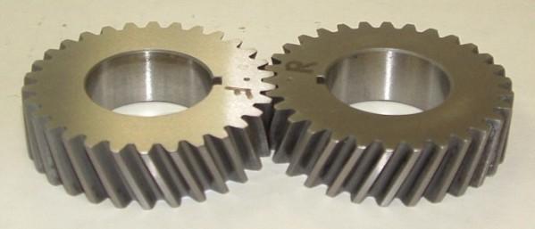 фото редуктор Цилиндрическая косозубая передача.
